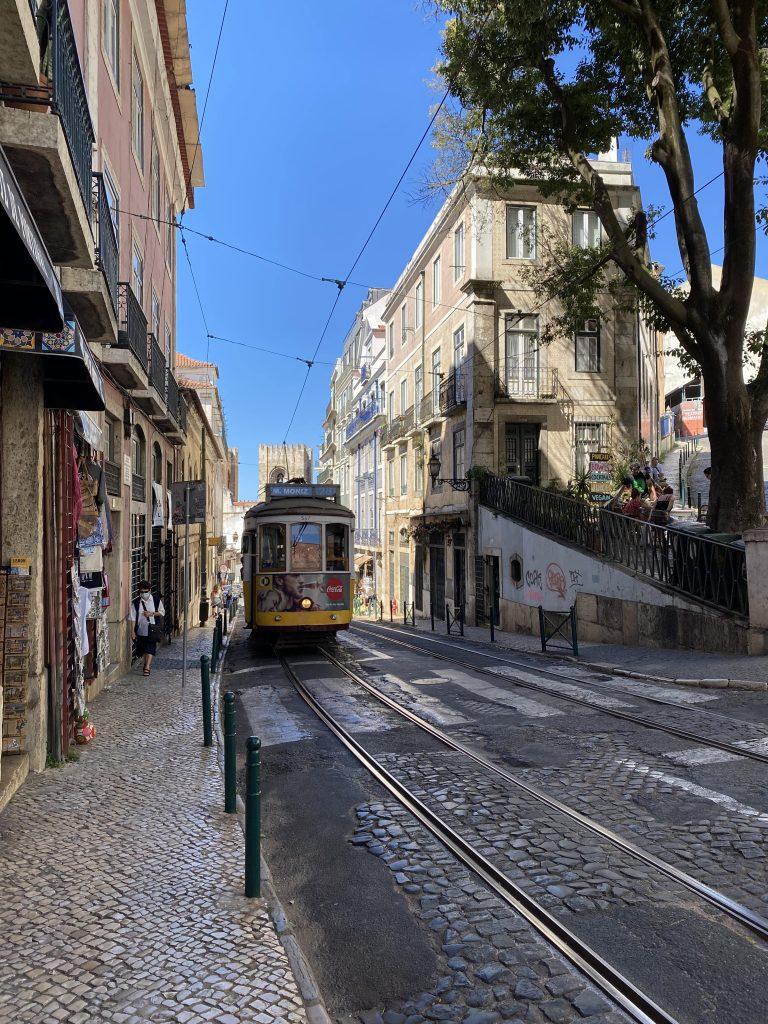 Visitare il Portogallo con i bambini: Lisbona ed i suoi tram