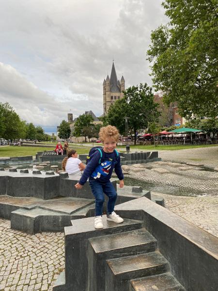 Bambino a Colonia
